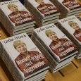 """Foto: Siegfried Bernd Die Rosa Luxemburg Stiftung Sachsen-Anhalt hat die Politikerin Dr. Gesine Lötzsch in die Stadtbibliothek Magdeburg eingeladen, die ihr neuestes Buch """"Immer schön auf Augenhöhe"""" vorstellt, das gerade […]"""
