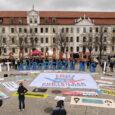 #unteilbar Sachsen-Anhalt steht ein für eine Gesellschaft, in der Menschenrechte unteilbar und vielfältige und selbstbestimmte Lebensentwürfe selbstverständlich sind – in Sachsen-Anhalt und überall. Dem Erstarken der (extremen) Rechten können wir […]